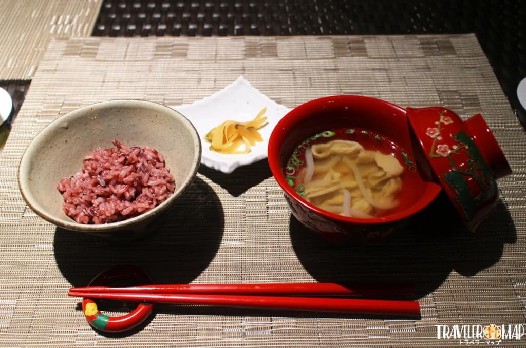 中味汁、県産パパイヤの味噌漬け、沖縄県産 赤米