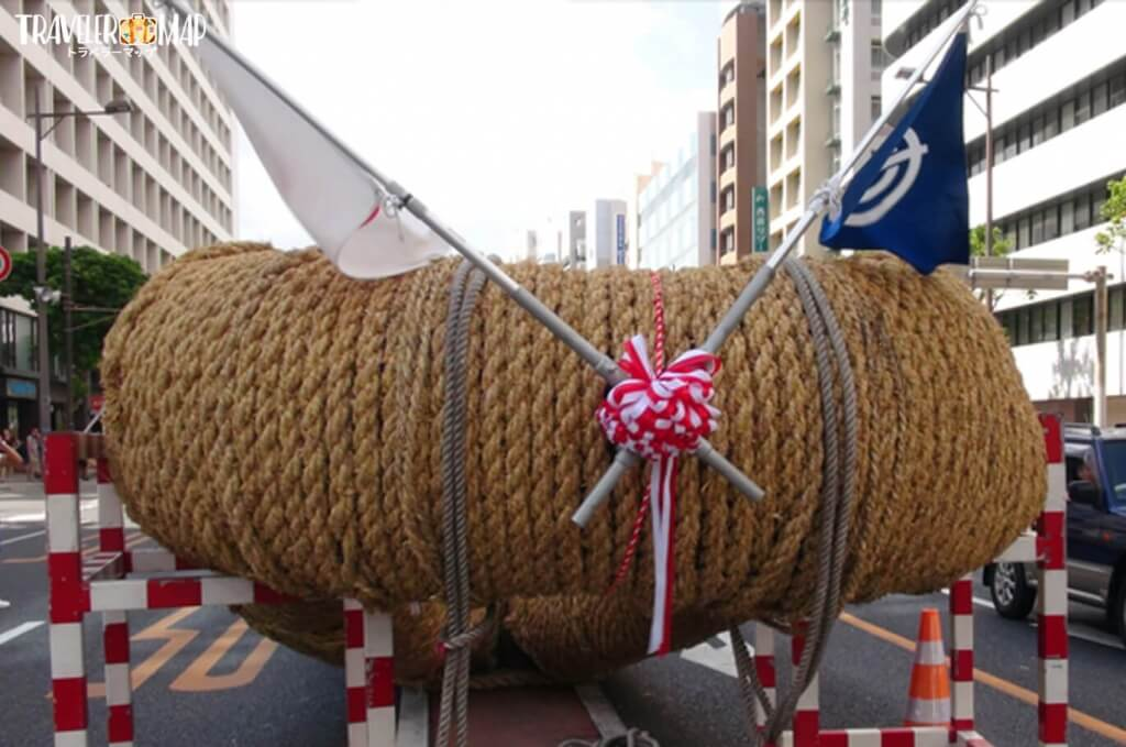 米藁で製作された世界一の綱