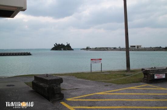 シーサイドドライブインの裏にある海