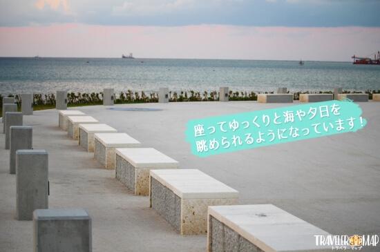 瀬長島のベンチ