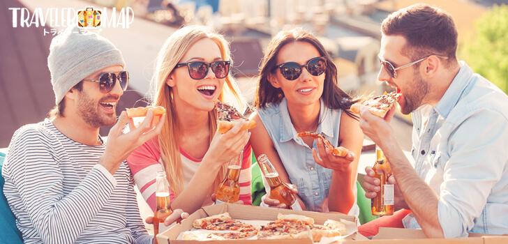 友達と食事