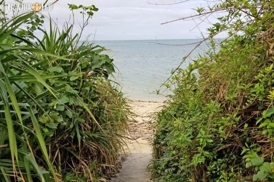 隠れ家的ビーチ