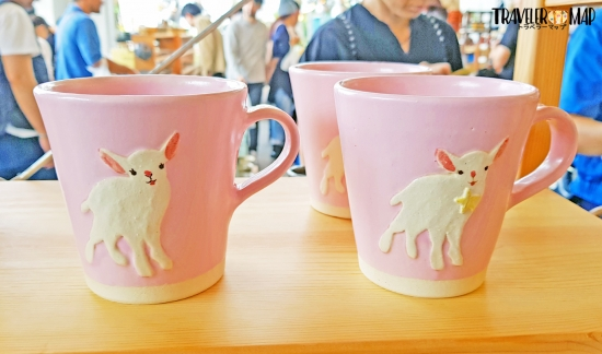 ヤギ柄のマグカップ