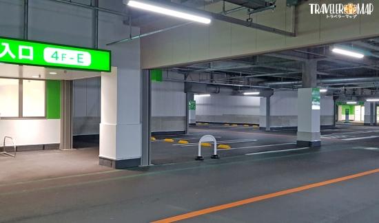 パルコシティの駐車場