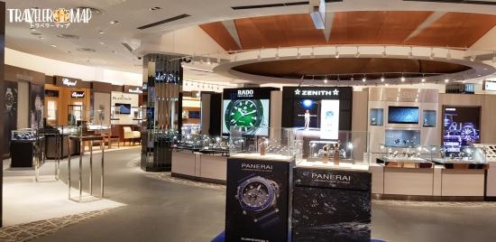 Tギャラリア沖縄の時計コーナー